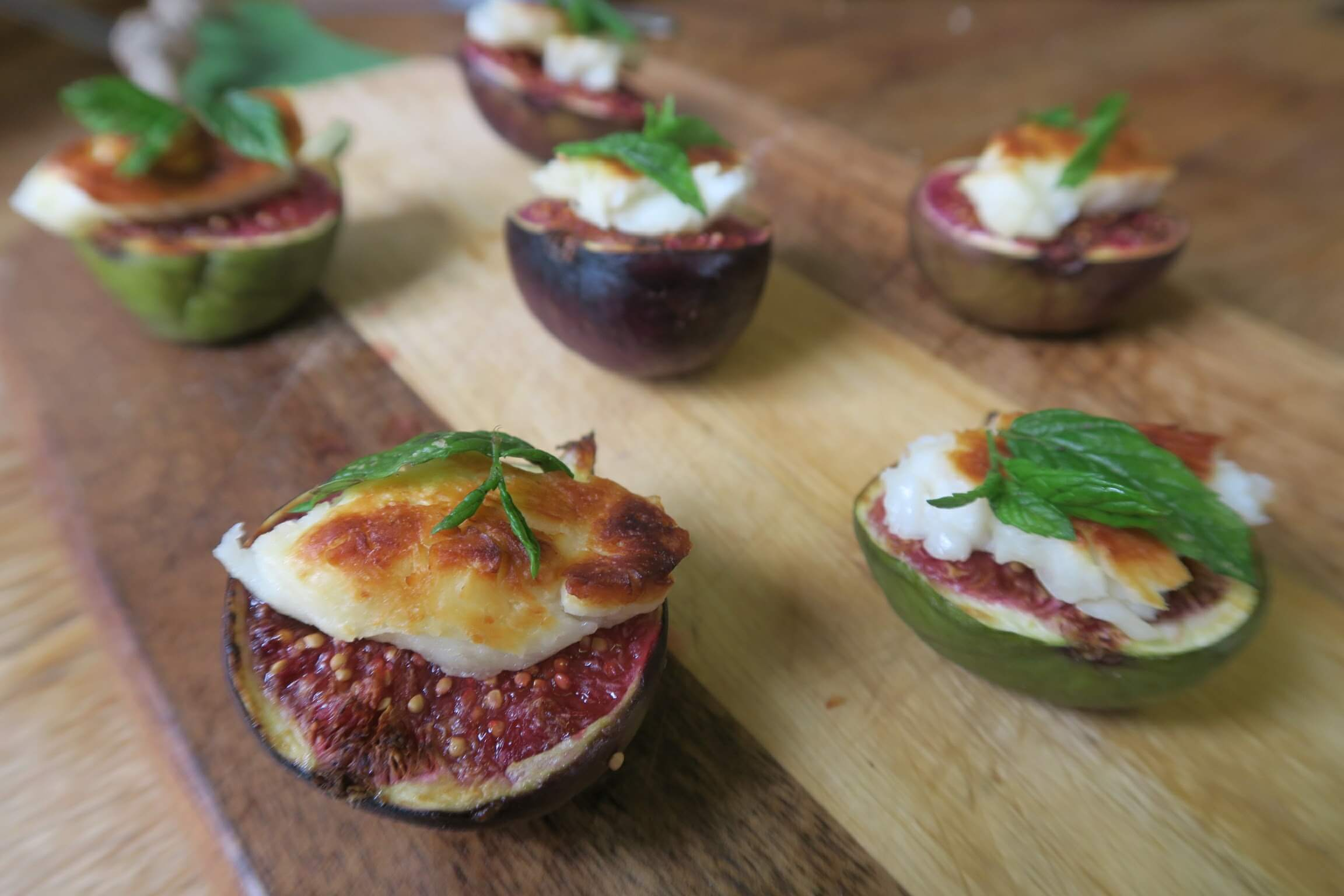 Figs with Halloumi and Mint – Simple and Elegant Starter